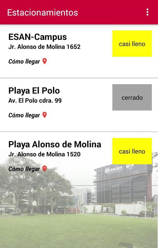 App con listado de estacionamientos. Unos tienen un cuadrado gris con el texto 'cerrado'; y otros un cuadrado amarillo con el texto 'casi lleno'.